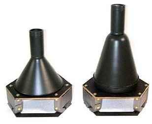 Hafthohlladung 3 3 кг. (слева) и 3,5 кг. (справа)