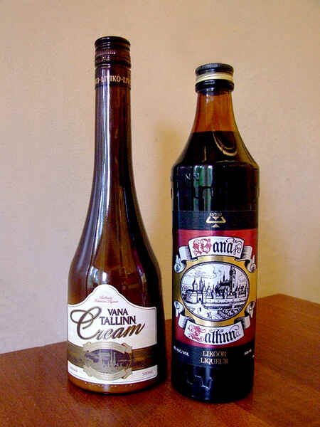 Bottles_of_Vana_Tallinn.jpg?uselang=ru