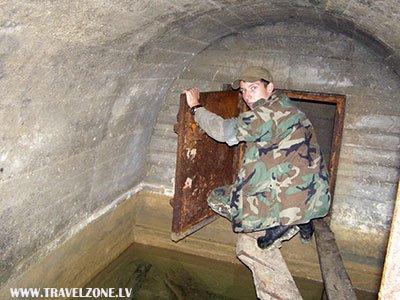 боковой лаз в тоннеле дота 739.jpg