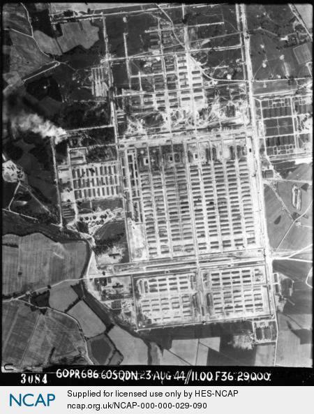 Auschwitz-Birkenau;.jpg