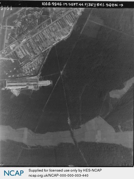 Bergen-Belsen;.jpg